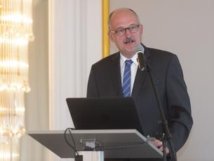 Parlamentarischer Staatssekretär Dr. Michael Meister, BMBF