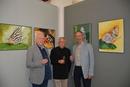 Wolfgang Hürter, Norbert Ulmann und Helmut Stahl (v.l.n.r.) stoßen auf den Erfolg der Ausstellung an